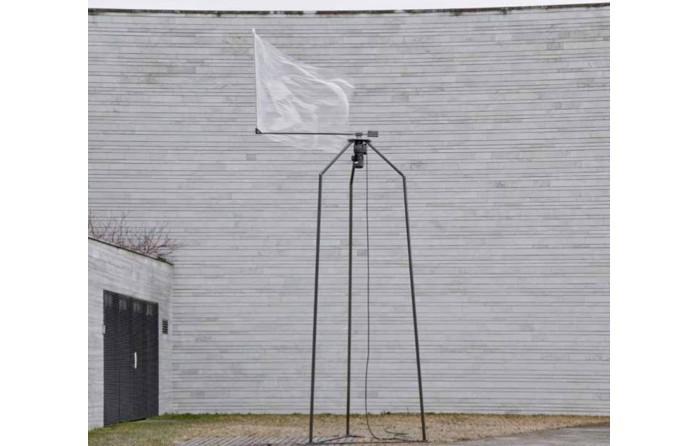 """Werk von Hendrik Lörper in der Ausstellung """"Versuchsanordnung"""" der Muthesius Kunsthochschule in Tallin, April 2014"""