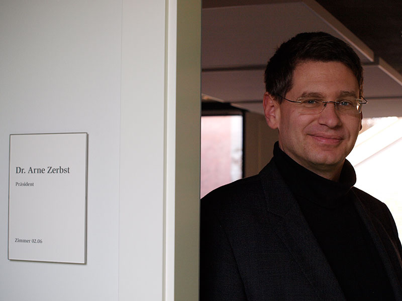 Dr. Arne Zerbst
