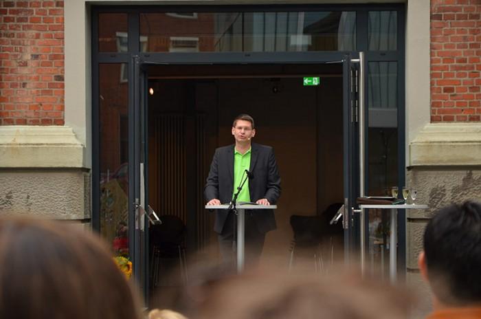 Die Eröffnungsrede hält der Präsident Dr. Arne Zerbst