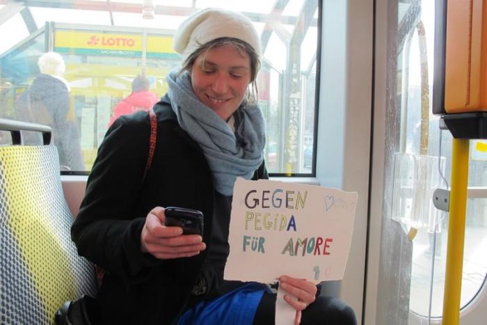 Für Kultur, gegen Pegida - Kieler Kunststudierende setzen  ein politisches Zeichen (Foto Nina Venus)