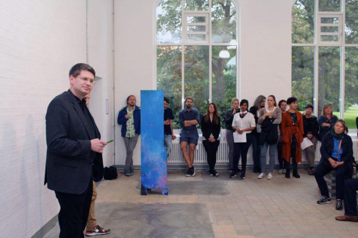 Dr. Arne Zerbst hält die Eröffnungsrede