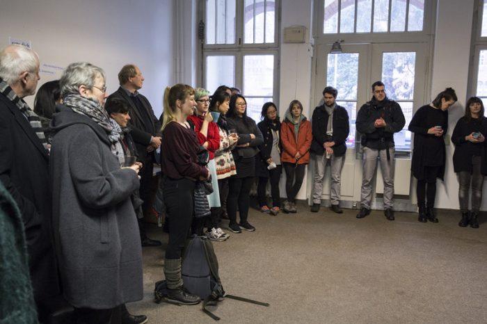 Begrüßung der Atelier-Stipendiaten im Anscharpark (Foto: Esteban Pérez Concha)